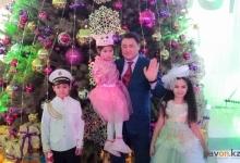 Глава Павлодарского региона одарил детей новогодними подарками