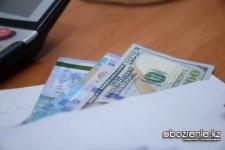 Директор колледжа и госслужащий попались на взятке в Павлодаре