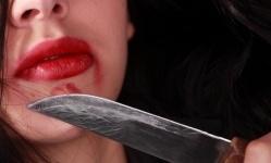 В Актобе женщина убила оскорбившего ее покойную дочь супруга