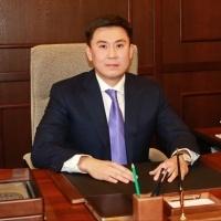 Аким Павлодара поздравил горожан с Новым годом