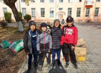 Павлодарские школьники обошли все магазины в своем районе, чтобы помочь животным