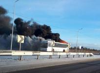 В Павлодаре сгорел пассажирский автобус