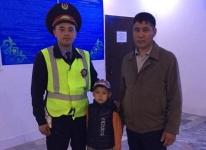 В Прииртышье полицейские обнаружили на трассе шестилетнего путешественника