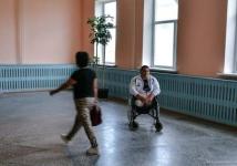 Необыкновенный человек из поселка Ленинский. Он попал под поезд, лишился ног, но стал самым сильным