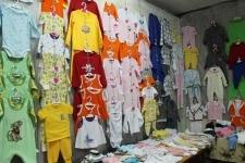 Жительница села Успенка открыла открыла швейный цехпо пошиву детской одежды