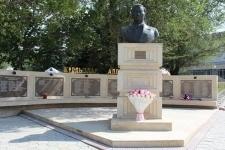 Памятник Шакену Айманову установят в Баянаульском районе