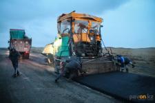 До середины ноября должны завершить ремонт двух участков дороги на Баянаул