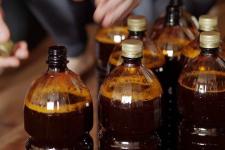 Сельский магазин продал юноше литр пива и остался на время без лицензии на торговлю алкоголем