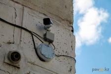 Жители пятиэтажки по улице Гагарина летом установили камеры наблюдения и освещение