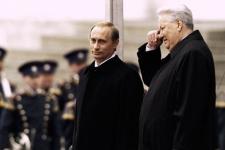Путин перечеркнул все, что сделал для России Ельцин, считает Немцов