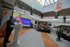 О доплатах к стипендии для студентов-волонтеров рассказали на молодежном форуме в Аксу