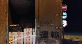 На омской границе по пути в Павлодар задержали две тонны сарделек