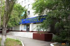 Спонсоры подарили павлодарской больнице аппарат ИВЛ и 10 миллионов тенге