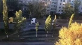 Свадебный кортеж из фур проехал по Павлодару