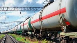 Казахстан планирует ввести временный запрет на ввоз бензина из России