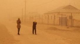 Мангистау накрыла сильнейшая пыльная буря