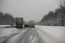 Дороги в Павлодарской области, несмотря на штормовое предупреждение, открыты