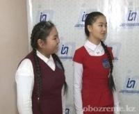 Школьницы из Павлодара покорили казнет речитативом о еде