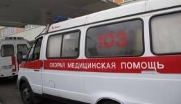 В Павлодаре мужчина упал с 5 этажа и выжил, приземлившись на крышу салона красоты