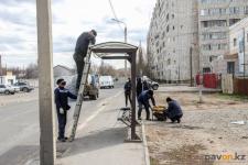 В Павлодаре 120 автобусных павильонов нуждаются в ремонте
