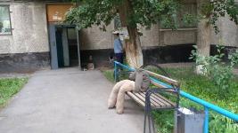 Соседи рассказали об убитых женщине и ее детях в Аксу