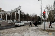 Новый светофор в районе площади государственных символов стал причиной спора