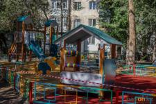 Сдать забор вокруг детской площадки на металл пытались двое павлодарцев