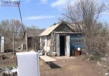 В Павлодаре многодетная мать с пятью детьми вынуждена скитаться по заброшенным дачам