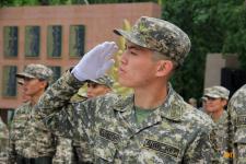 Павлодарцы записываются добровольцами в армию в связи с ЧП