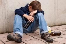 Павлодарские наркологи опасаются пивной зависимости в среде подростков