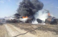 Семь вагонов с дизтопливом и четыре с сухогрузом сгорели в Актюбинской области
