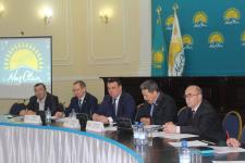 """В Павлодаре устроили """"разбор полетов"""" сельскому акиму, оставившему на трое суток людей без воды"""
