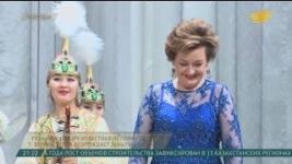 Народная любимица Казахстана возрождает забытые песни