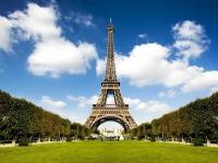 Эйфелеву башню окружат стеклянной стеной для защиты от террористов
