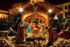Сегодня католики всего мира празднуют  католическое Рождество Христово.