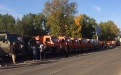 Сто машин посадочного грунта развезли в первый день субботника в павлодарские дворы