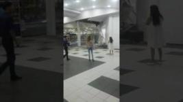 После проливного дождя обвалилась крыша в торговом доме Павлодара