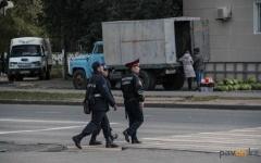 Павлодарские полицейские задержали подростка с пистолетом