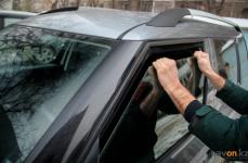 Больше 20 машин с незакрытыми дверями, окнами и багажниками обнаружили полицейские в Павлодаре