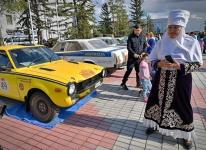 Пекин - Павлодар - Париж: знаменитое ретро-ралли впервые завернуло в Казахстан