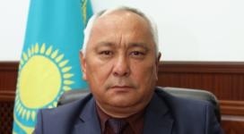 Обвиняемому во взятке главе облздрава продлили арест в Павлодаре