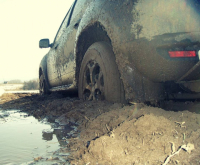 В Экибастузе помощь понадобилась трем рыбакам, застрявшим в грязи