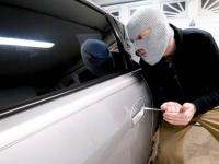 Угнанный в Астане Range Rover обнаружен в гараже в Павлодаре