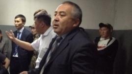 """Карагандинский чиновник оскорблял подчиненных словами """"свинопас"""" и """"хохол"""""""