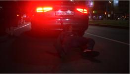 Видео с автомобилем, тащившим по земле человека, оказалось пиаром нового фильма «Аға»