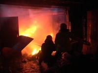 У павлодарца в гараже сгорел внедорожник