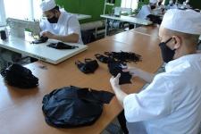 Заключенные в павлодарских колониях сшили шесть тысяч масок для полицейских