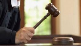Павлодарского чиновника за принятый в дар коньяк оштрафовали на миллион тенге