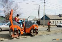 В Павлодаре дороги впервые начнут покрывать полимерным материалом