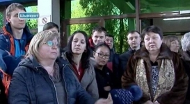 130 пассажиров устроили переполох в аэропорту Шымкента